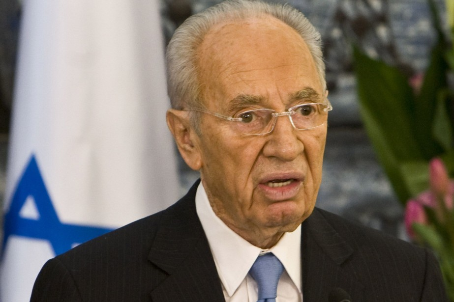Le président israélien Shimon Peres, pris d'un bref malaise samedi soir à l'âge...