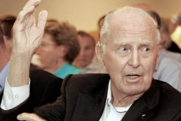 Norman Borlaug... (Photo: AP)