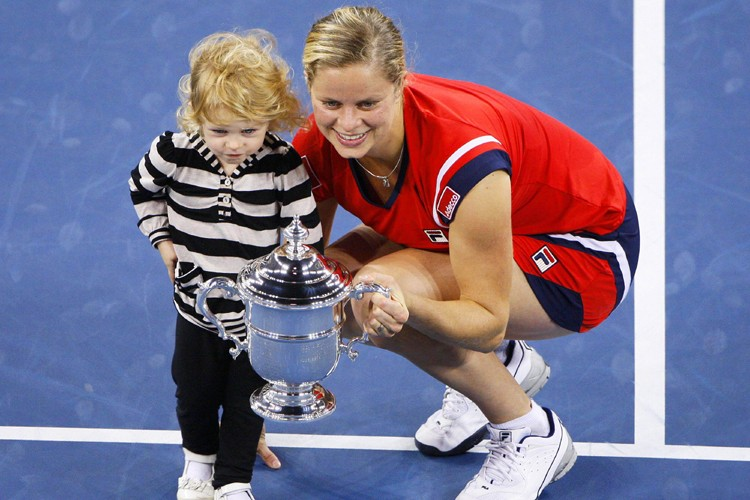Kim Clijsters et sa fille Jada posent avec... (Photo: Reuters)