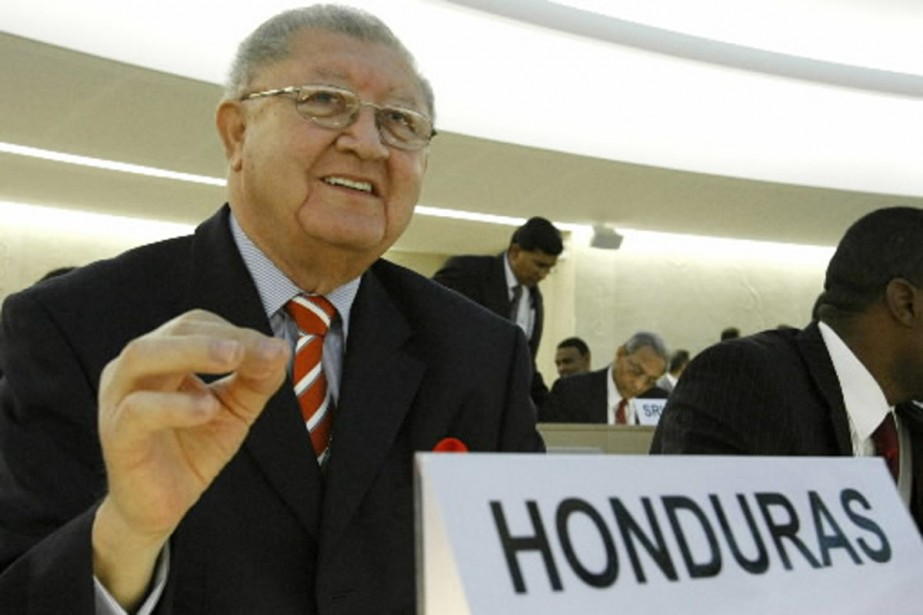 Jose Delmer Urbizo, quelques minutes avant d'être expulsé... (Photo AFP)