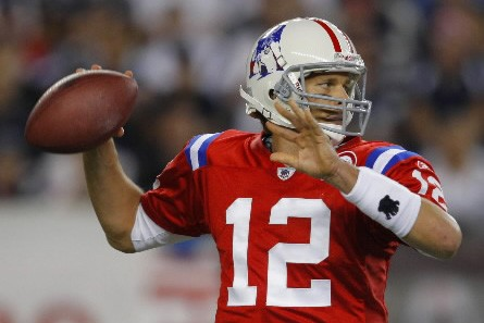 Tom Brady a orchestré une autre remontée spectaculaire... (Photo Reuters)