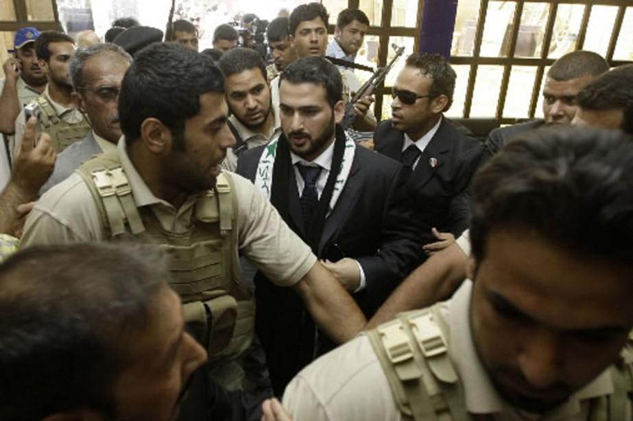 Mountazer al-Zaïdi à sa sortie de prison.... (Photo Reuters)