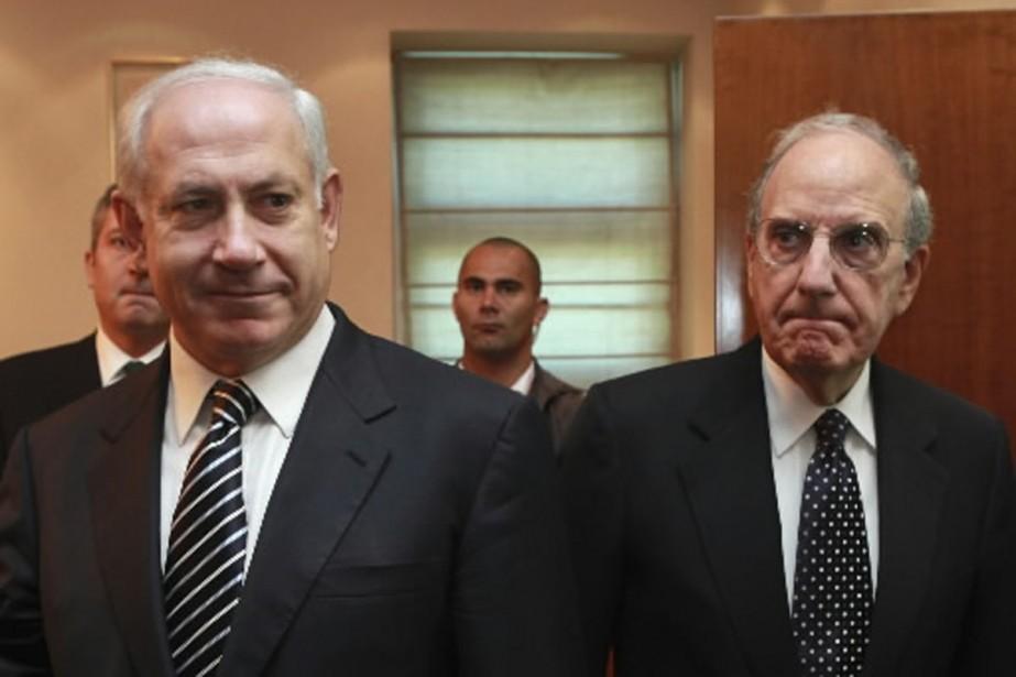 Le premier ministre israélien Benjamin Netanyahu et l'envoyé... (Photo AP)
