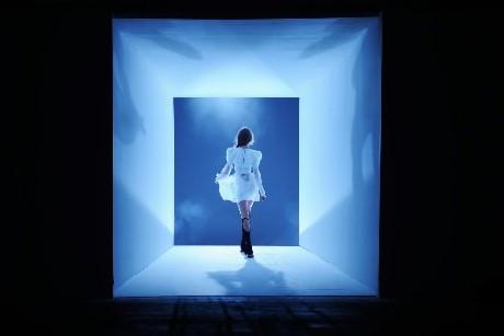 Une création d' Alexander Wang présenté lors de... (Photo: AP)
