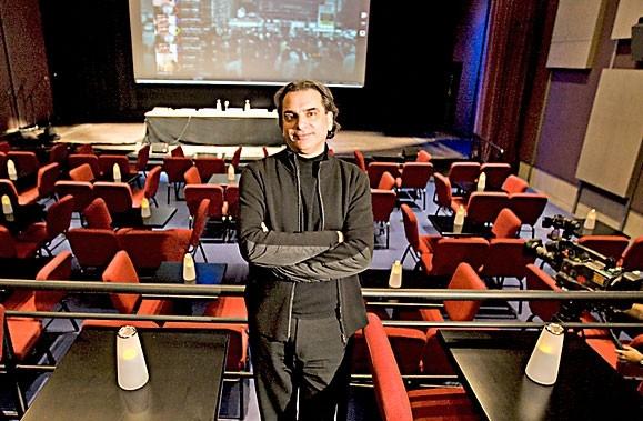 Daniel Laglois dans la nouvelle salle d'eXcentris.... (Photo: François Roy, La Presse)