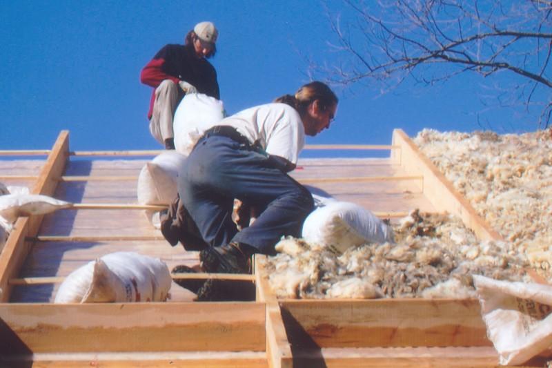 Certaines laines isolantes, comme celle-ci, sont faites à... (Photo: Les Habitations Apex)