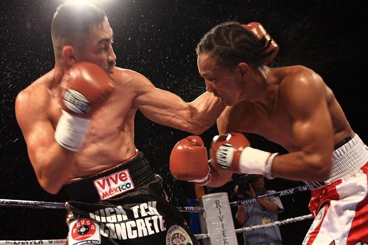 Humberto Soto (à gauche) a battu Aristides Perez... (Photo: AFP)
