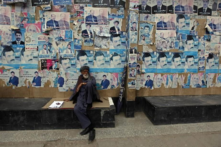 Les Afghans ont été peu nombreux à se... (Photo Reuters)