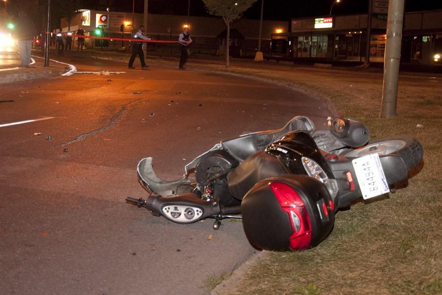 L'accident s'est produit vers 3h00 sur le boulevard... (Photo: jprancourt @dn5, collaboration spéciale)