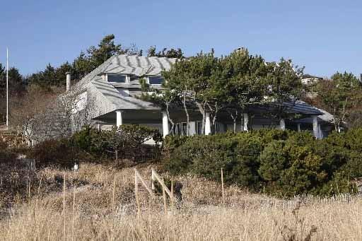 La villa que possédait Bernard Madoff sur le... (Photo Reuters)