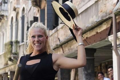Giorgia Boscolo deviendra bientôt la première femme gondolière... (Photo: Reuters)