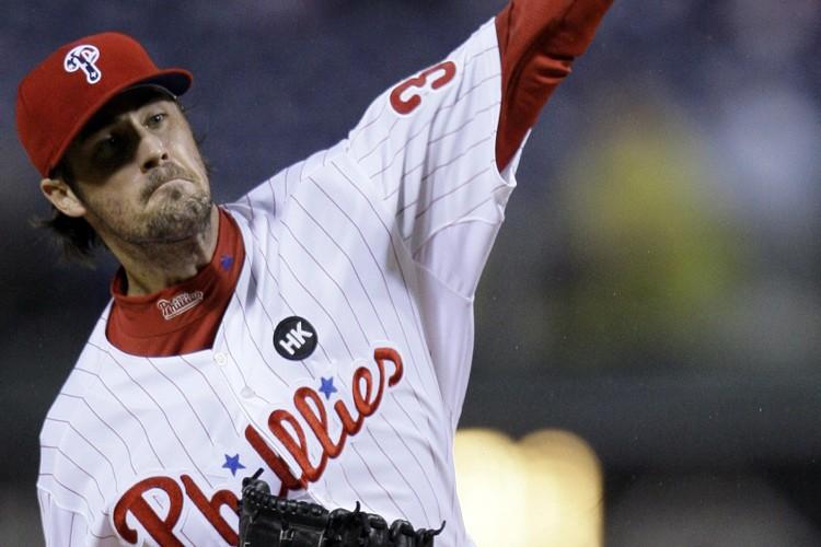 Cole Hamels a réussi 10 retraits au bâton... (Photo: AP)
