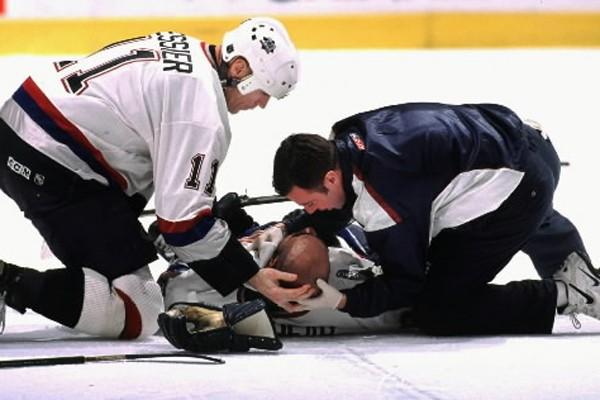Une autre bataille tristement célèbre, dans la LNH... (Photo: archives PC)
