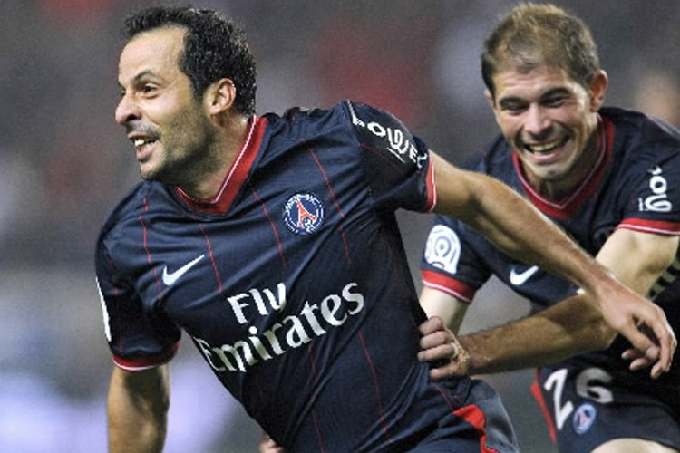 Ludovic Giuly... (Photo: AFP)