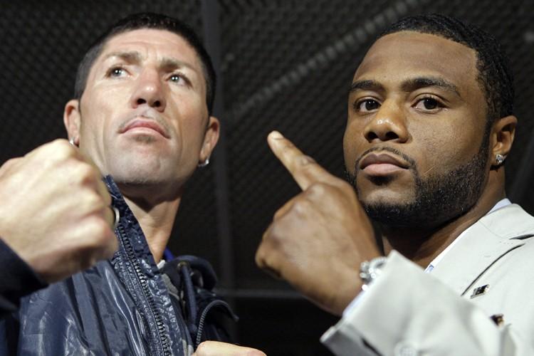 Jean Pascal (à droite) effectuera vendredi au Centre... (Photo: Robert Mailloux, La Presse)