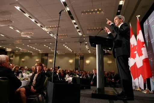 Michael Ignatieff a fait sa demande dans le... (Photo Presse Canadienne)