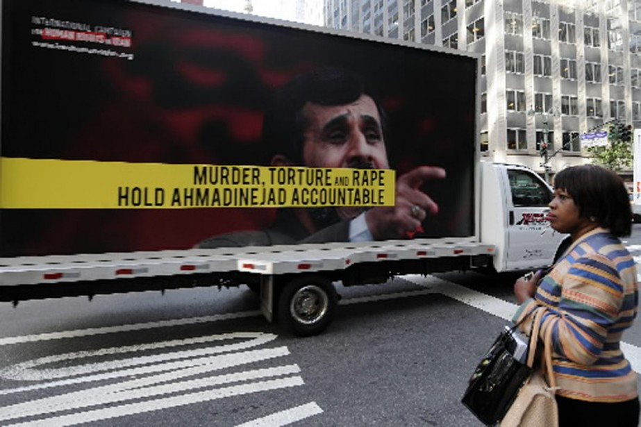 Des opposants au régime de Mahmoud Ahmadi se... (Photo Reuters)