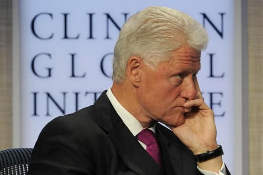 Bill Clinton était à New York mardi pour... (Photo AFP)