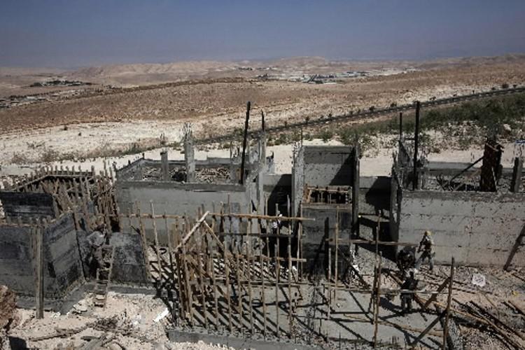 Des habitations en construction en Cisjordanie.... (Photo: AFP)