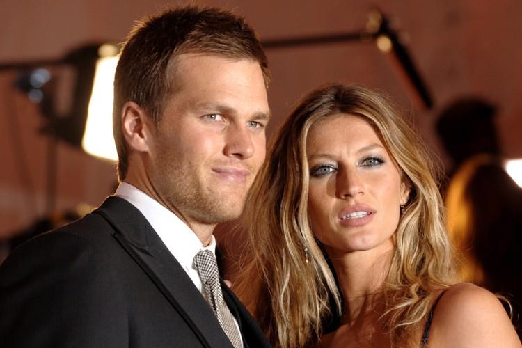 Tom Brady et sa femme, le mannequin Gisele... (Photo: AP)