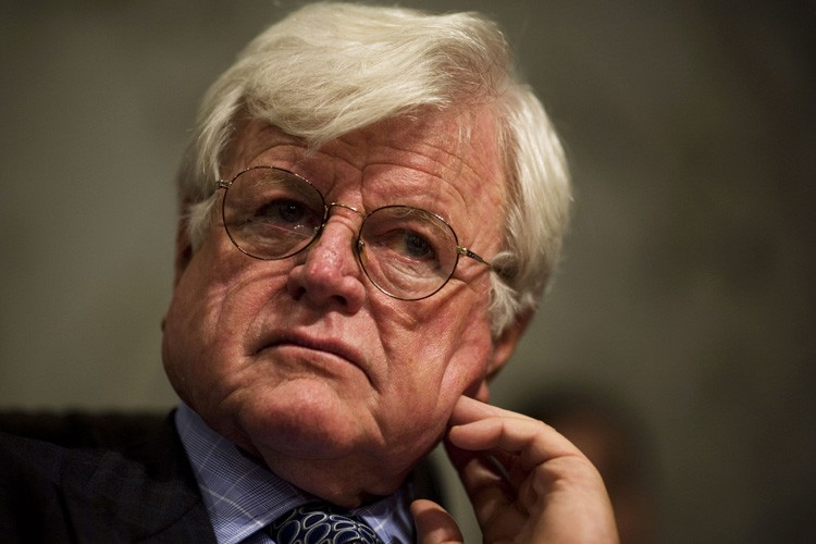 Ted Kennedy... (Photo: AFP)