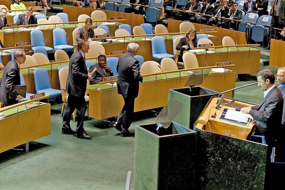 Plusieurs délégués ont quitté la salle lors du... (Photo AFP)