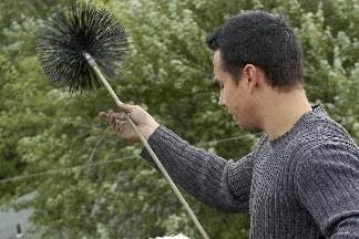 Vous devriez faire ramoner votre cheminée au moins... (Photo: Le Soleil)