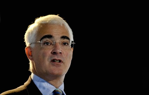 Le ministre britannique des Finances Alistair Darling.... (Photo Ben Birchall, Reuters)