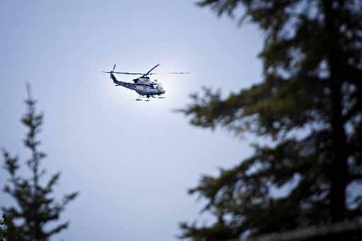 L'hélicoptère de la SQ participe aux recherches.... (Photo Patrick Sanfaçon, La Presse)