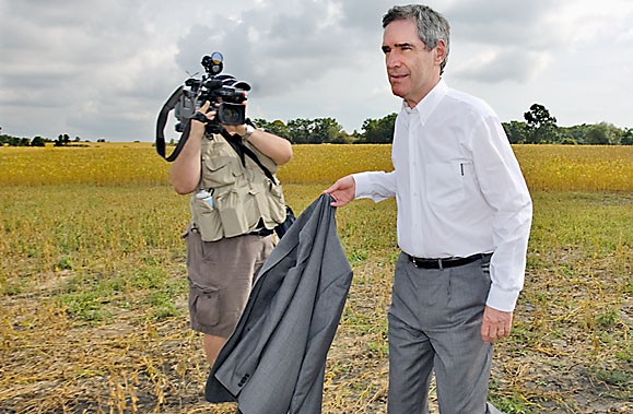 Le chef libéral, Michael Ignatieff, a tenté d'apaiser... (Photo: PC)