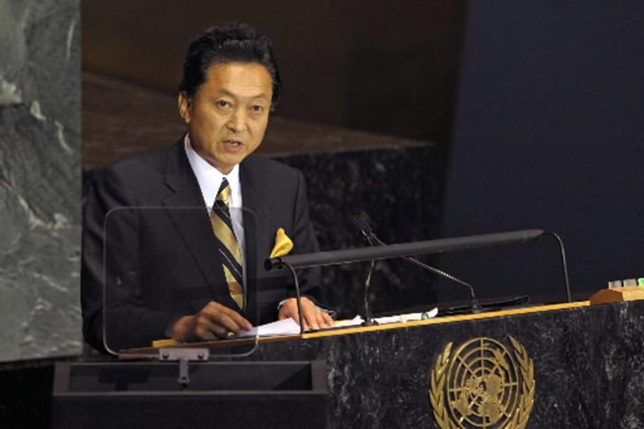 Le nouveau premier ministre Yukio Hatoyama avait promis... (Photo AFP)