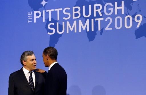 Barack Obama accueille le premier ministre britannique Gordon... (Photo Agence France-Presse)