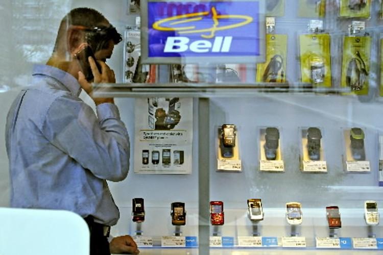 Un recours collectif de 100 millions intenté contre Bell... (Photo: Bloomberg)