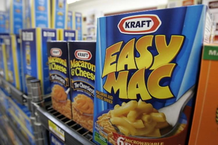 Kraft Foods Inc. s'apprête à faire une offre de rachat hostile... (Photo: AP)