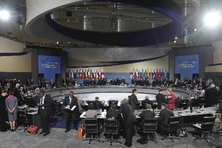 Au-delà des beaux discours, la rencontre des chefs... (Photo: AFP)