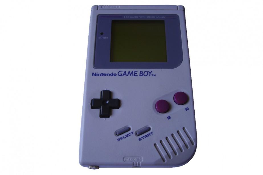 Vous ne jouez plus avec votre vieux Game Boy? Donnez-le à un adepte du 8 bits....
