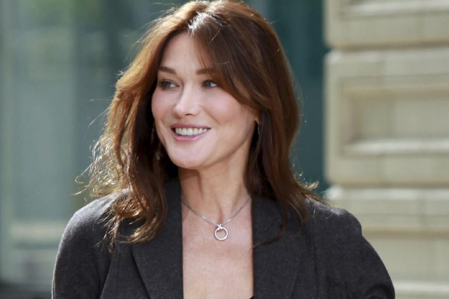 L'ancien top-model Carla Bruni-Sarkozy, épouse du président... (Photo: Reuters)