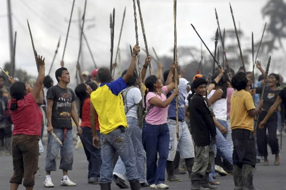 Les communautés autochtones accusent le gouvernement de vouloir... (Photo Reuters)