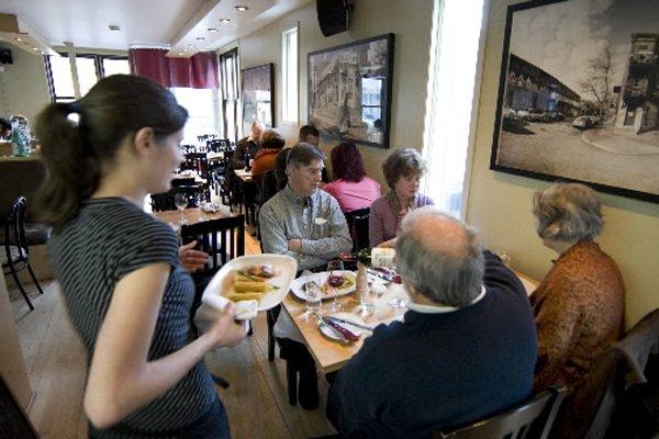 Les locaux vacants se font de plus en... (Photo: Robert Skinner, La Presse)