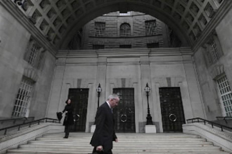 Le bureau des services secrets britanniques, en plein... (Photo AP)