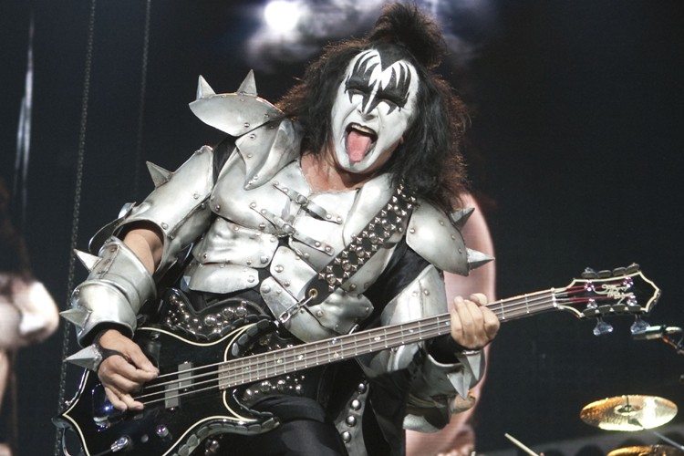 Le bassiste et chanteur du groupe Kiss, Gene... (Photo: André Pichette, La Presse)
