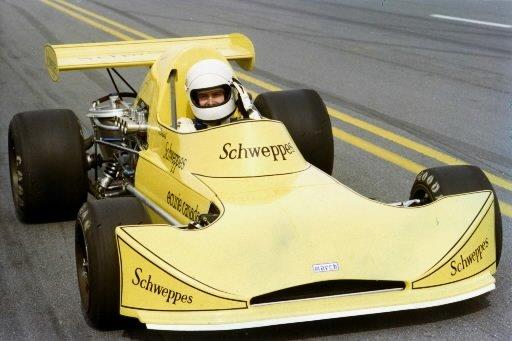 Gilles Villeneuve au volant de sa March en 1974. | 1 mars 2011