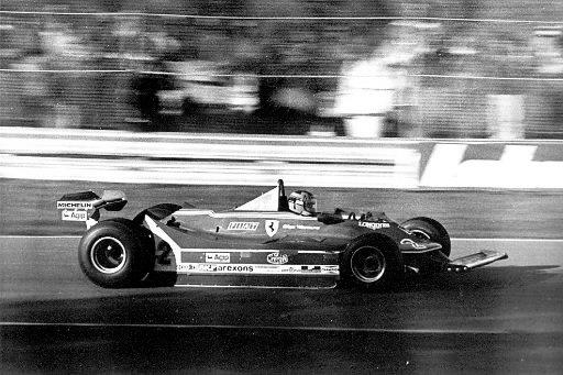 Gilles Villeneuve file à toute vitesse sur le circuit de l'île Notre-Dame en 1980. | 1 mars 2011