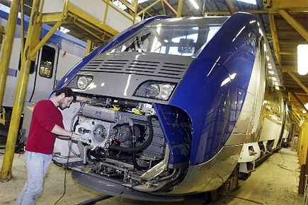 Le groupe industriel Alstom va supprimer 4000 postes... (Photo: Archives AFP)