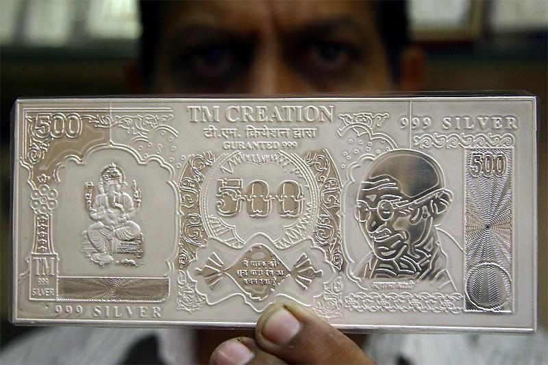 Du côté des métaux précieux, l'argent devrait briller... (Photo Reuters)