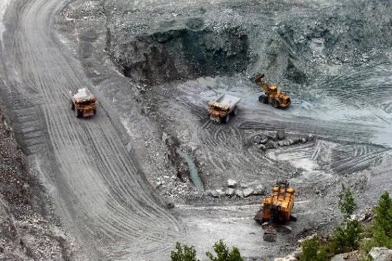 La mine Lac d'Amiante, vue du belvédère ... (Archives La Tribune)