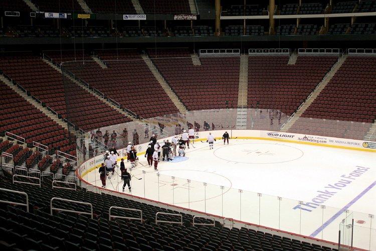 Le Jobing.com Arena où évoluent les Coyotes, à... (Photo: PC)