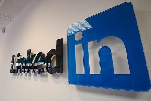 Le réseau social à usage professionnel LinkedIn a annoncé lundi qu'il entendait...