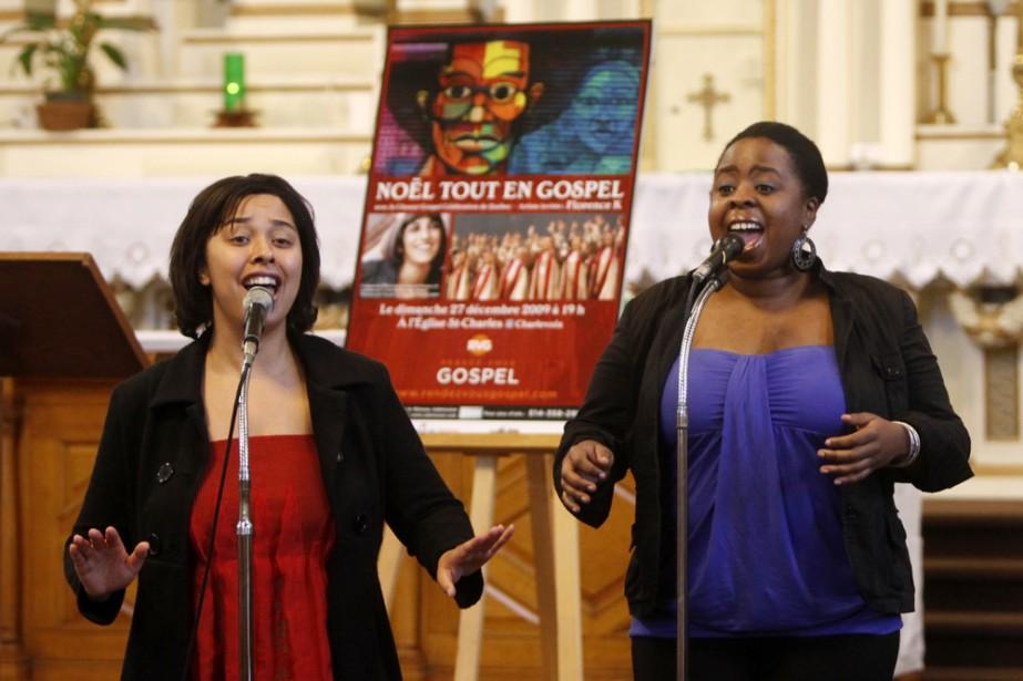 Des membres du Reconciliation Gospel Choir.... (Photo: Robert Skinner, La Presse)