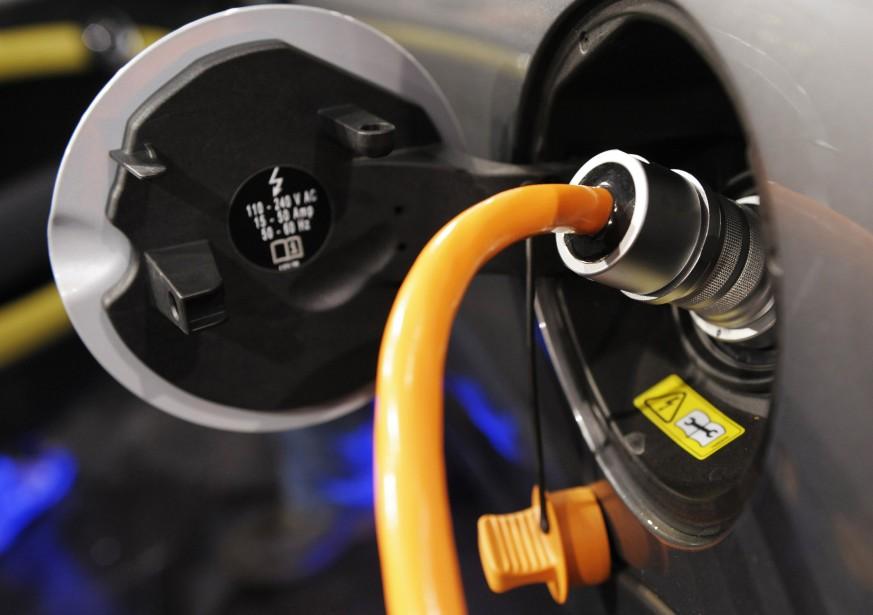 Deux des principales ressources du Québec, l'électricité et... (Photo AFP)